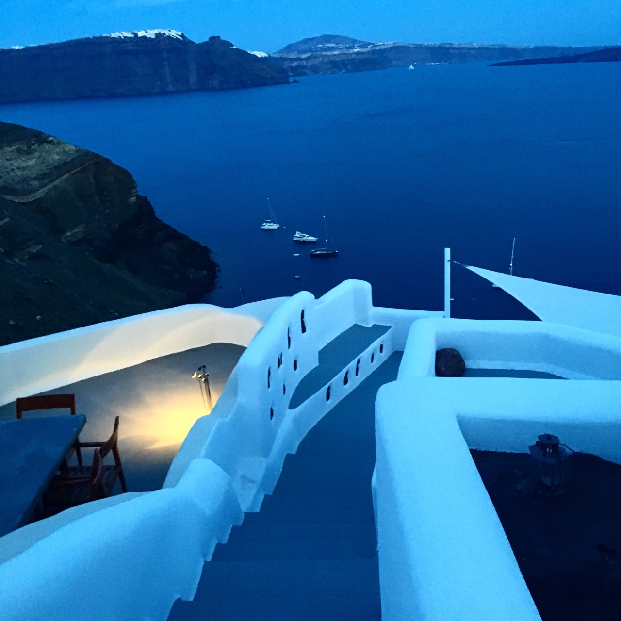 The unhidden beauty of Santorini